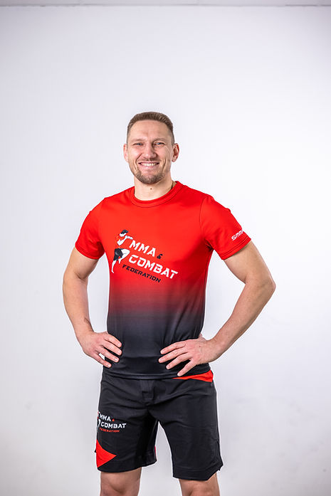 Horst Wodarz Trainer für MMA, Thai- & Kickboxen, Wing Combat, BJJ, Wing Weapon und Yoga & Fitnesskurse