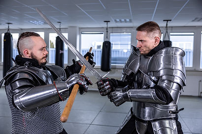 MMA, Thai- & Kickboxen, Wing Combat, BJJ, Wing Weapon und Yoga & Fitnesskurse in Nürnberg
