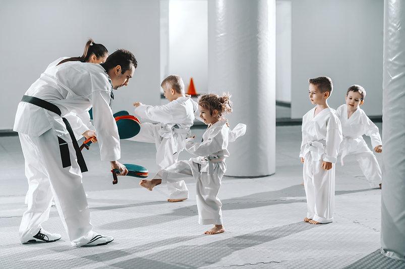 Kampfsport Training mit Kindern