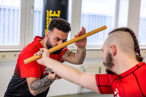 Ausbildung für MMA, Thai- & Kickboxen, Wing Combat, BJJ, Wing Weapon, Kampfsport und Yoga & Fitnesskurse in Freilassing