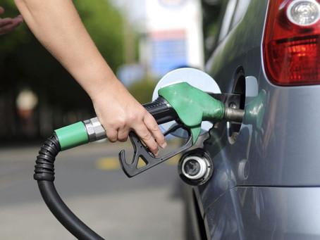 Como economizar gasolina com a equipe externa?