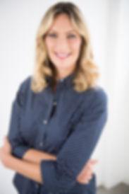 mariana headshot.jpg