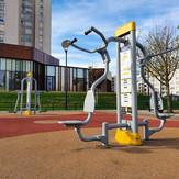 pull_bench_machine_outdoor.jpg