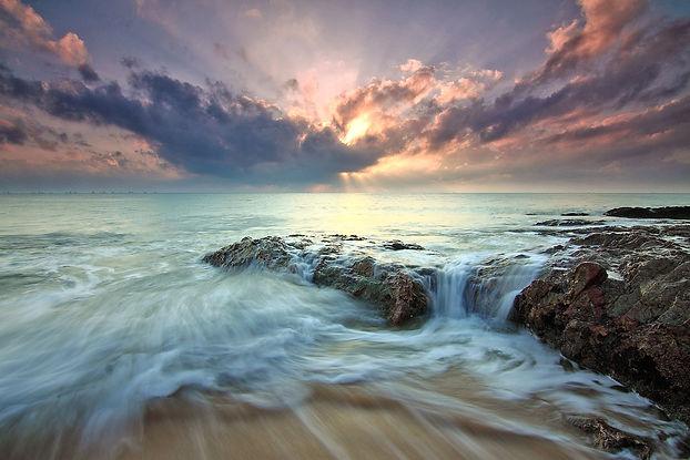 sea-dawn-landscape-nature-139975.jpg