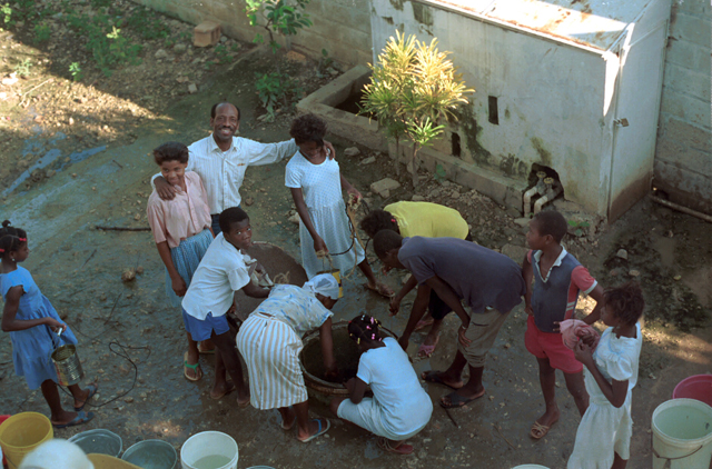 Community Well, Mariani, Haiti 00002