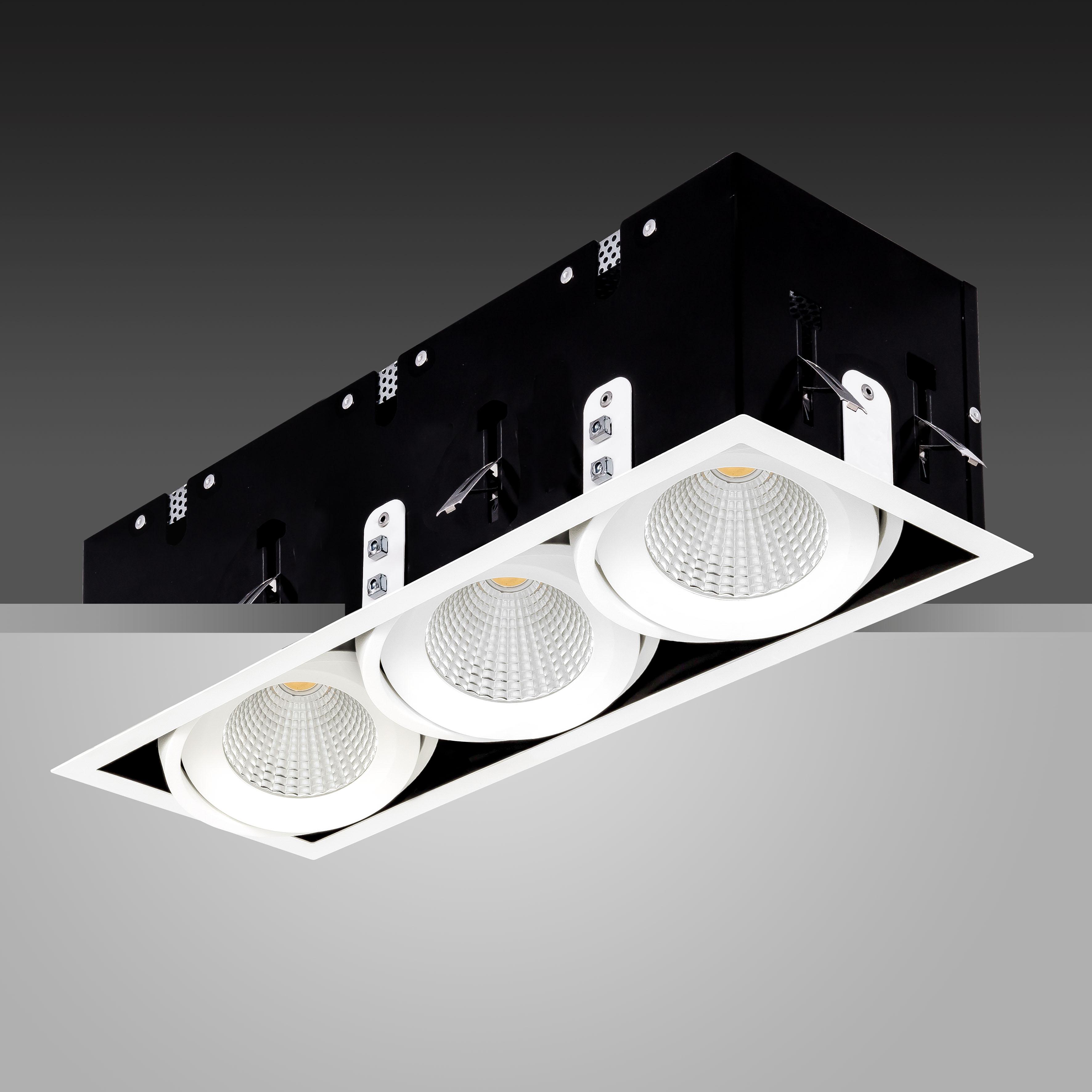 Array Triple Ceiling White