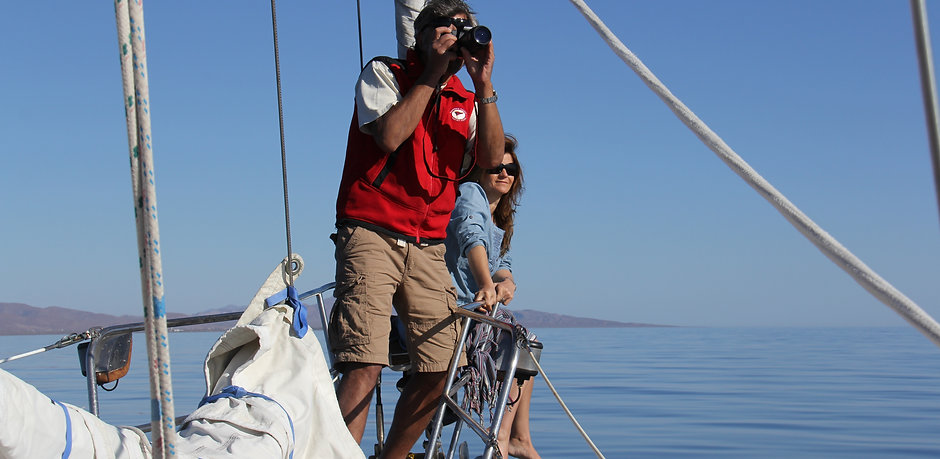 Rodrigo Olson & Belinda Braithwaite on S/Y Interlude in Baja California, Mexico