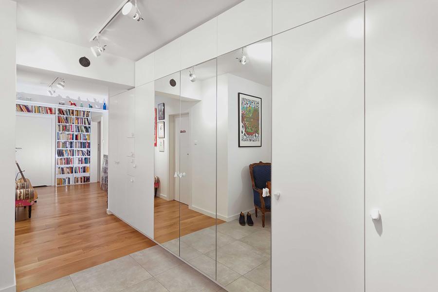 korytarz-architekt wnetrz krakow warszawa-aranzacja mieszkania-styl nowoczesny-mieszkanie ze sztuka-