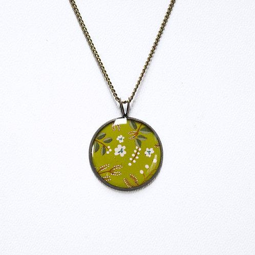 Lilipoetry — Collier petit modèle Floral olive