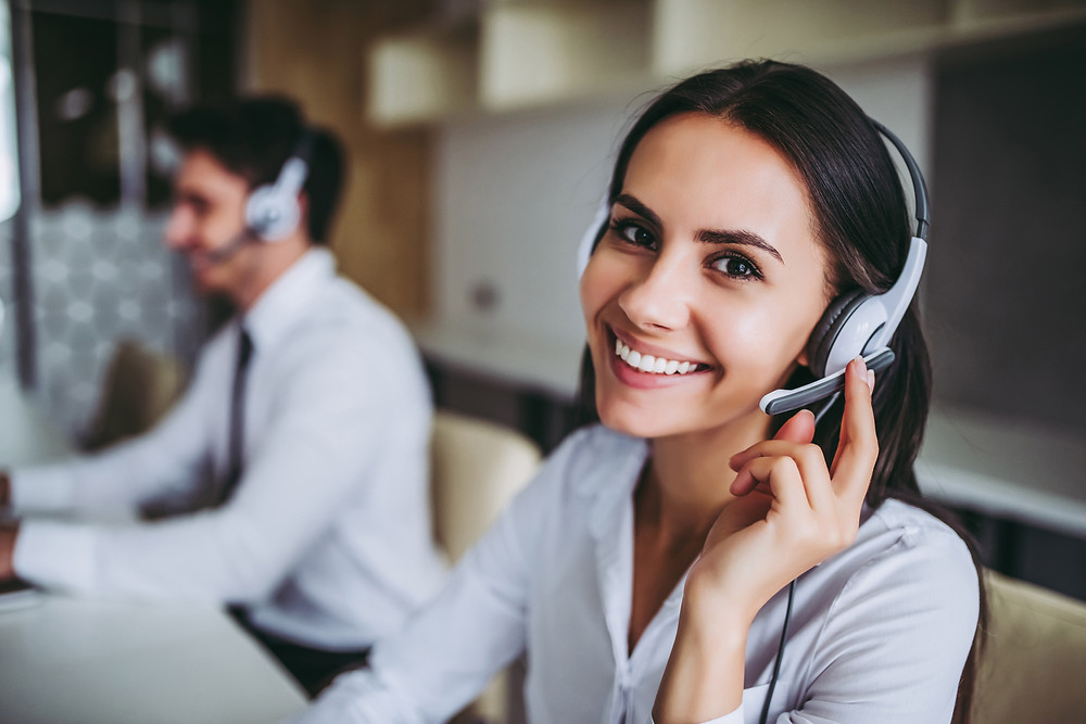 Call center agent scheduling appointments for insurance agents.