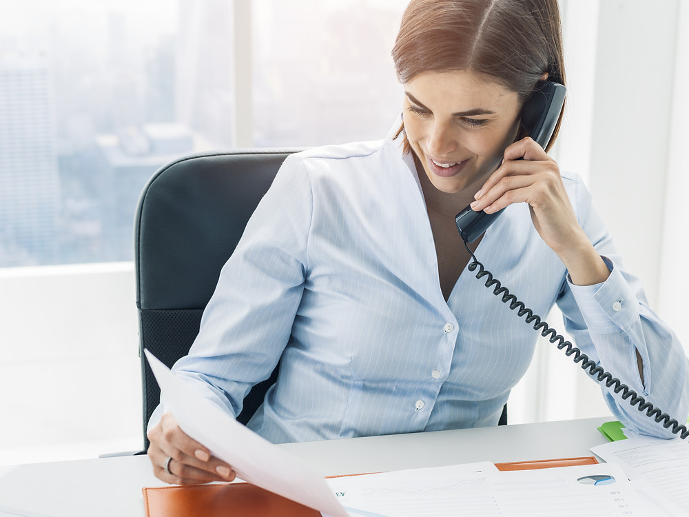 insurance agent calls to remind client of their review appointment