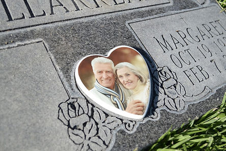 Heart-Headstone-Picture-1.jpg