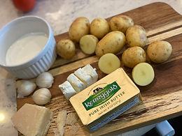 Garlic Parmesan Creamy Mashed Potatoes