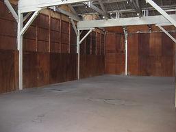 のこぎり屋根 床 フローリング 作業場 倉庫