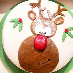 Rudolph christmas cake