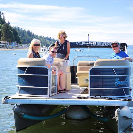 4 passenger inside the boat