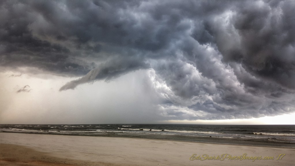 Storm Clouds Inflow SR206 Crescent Beach 09.01.2017