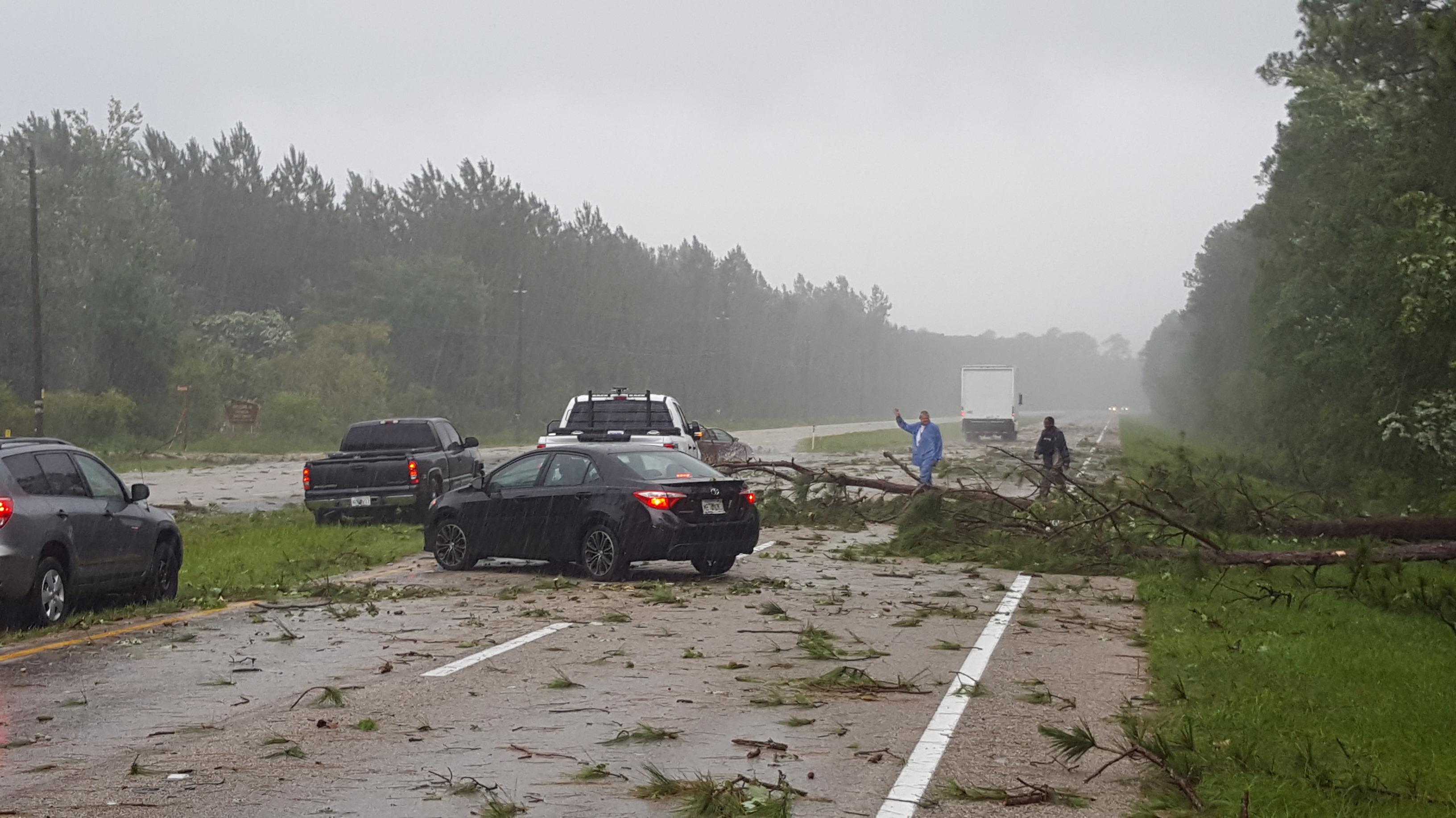 Tornadic EF1 Damage Dupont Roadway 06.06.2017