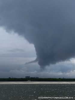 Tornadic Waterspout New Smyrna 08.04.2014