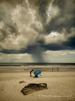 Rain Shaft Marineland 06.28.2015