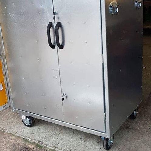 Deluxe Show Locker