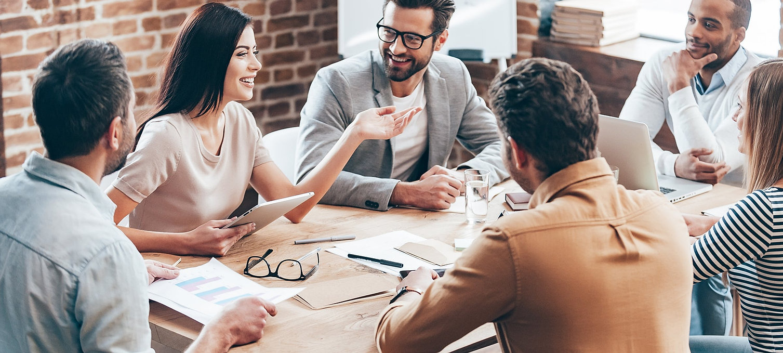 Team-Start-up-Meeting-Konferenz-Diskussi
