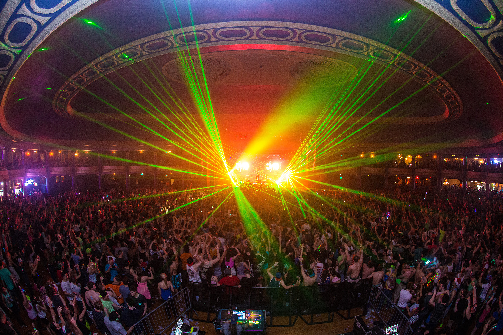 Eagles Club Concert Lasers for Hardwell