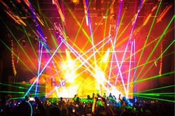 Crazy COncert Laser Lights Blow Crowd Aw