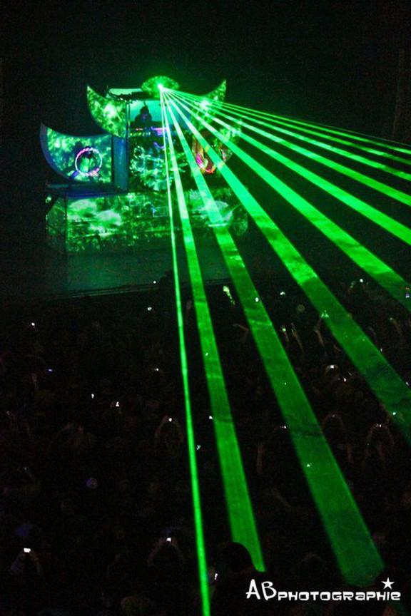 Shpongle Psychedelic Concert Laser Show