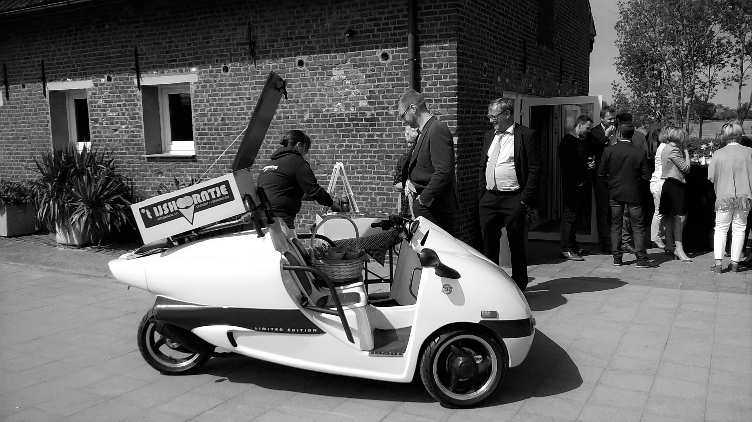 De ijsscooter by Tijshoorntje Tielt
