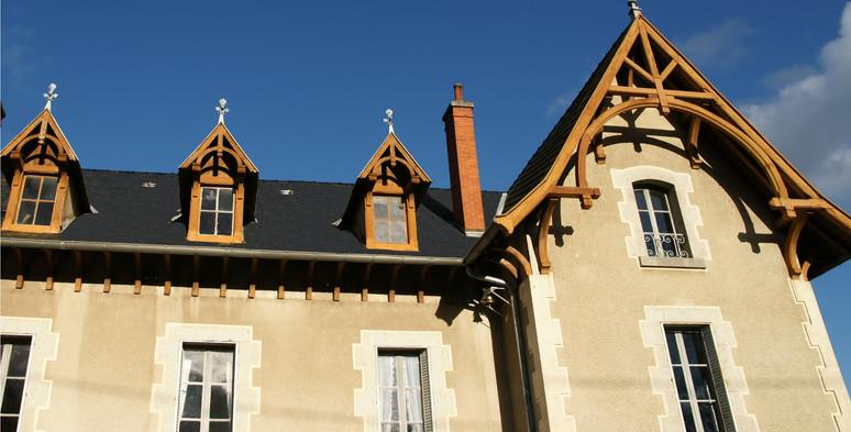 Achter aanzicht van het chateau
