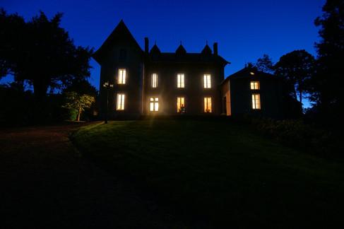 Chateau Arfeuilles bij nacht