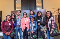 Las chicas de UNASAM de Huaraz con los chicos de Anthem for the Amazon