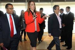 Llegada del embajador de los Embajada de Estados Unidos en Perú y el ministro del Ministerio del Amb
