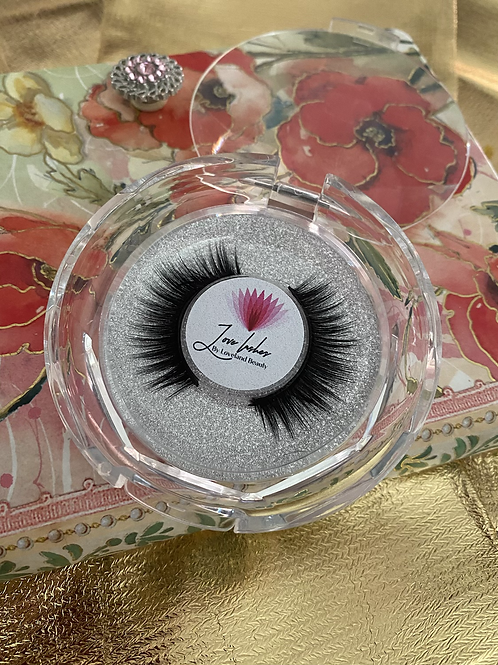 The Girly Lash