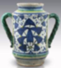 Montelupo (Italy) albarello with persian palmette. Beginning 16th century.