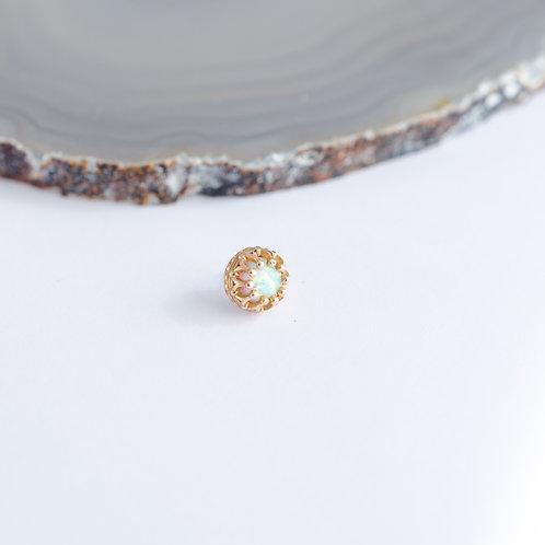 Corona y cabochon de opalo