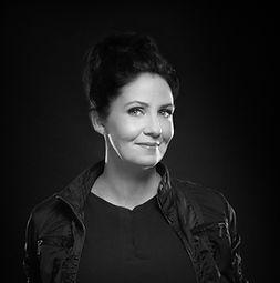 A photo of an interior designer named Janel Doyle.