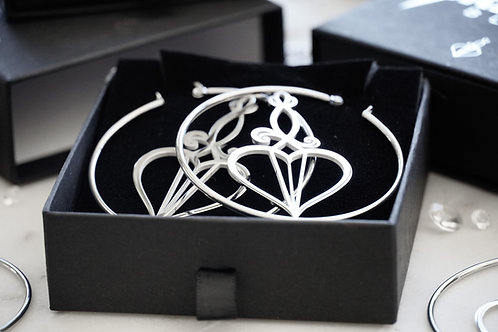 **4 WEEK RESTOCK DELAY* Logo Hoops Silver
