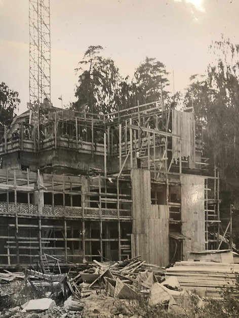 Construction of 2nd family mill in Lysaker, Norway in 1954