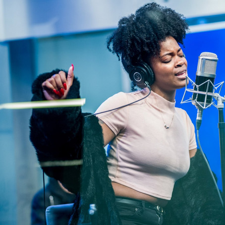 "Ari Lennox earns her first RIAA gold plaque for ""BMO"""