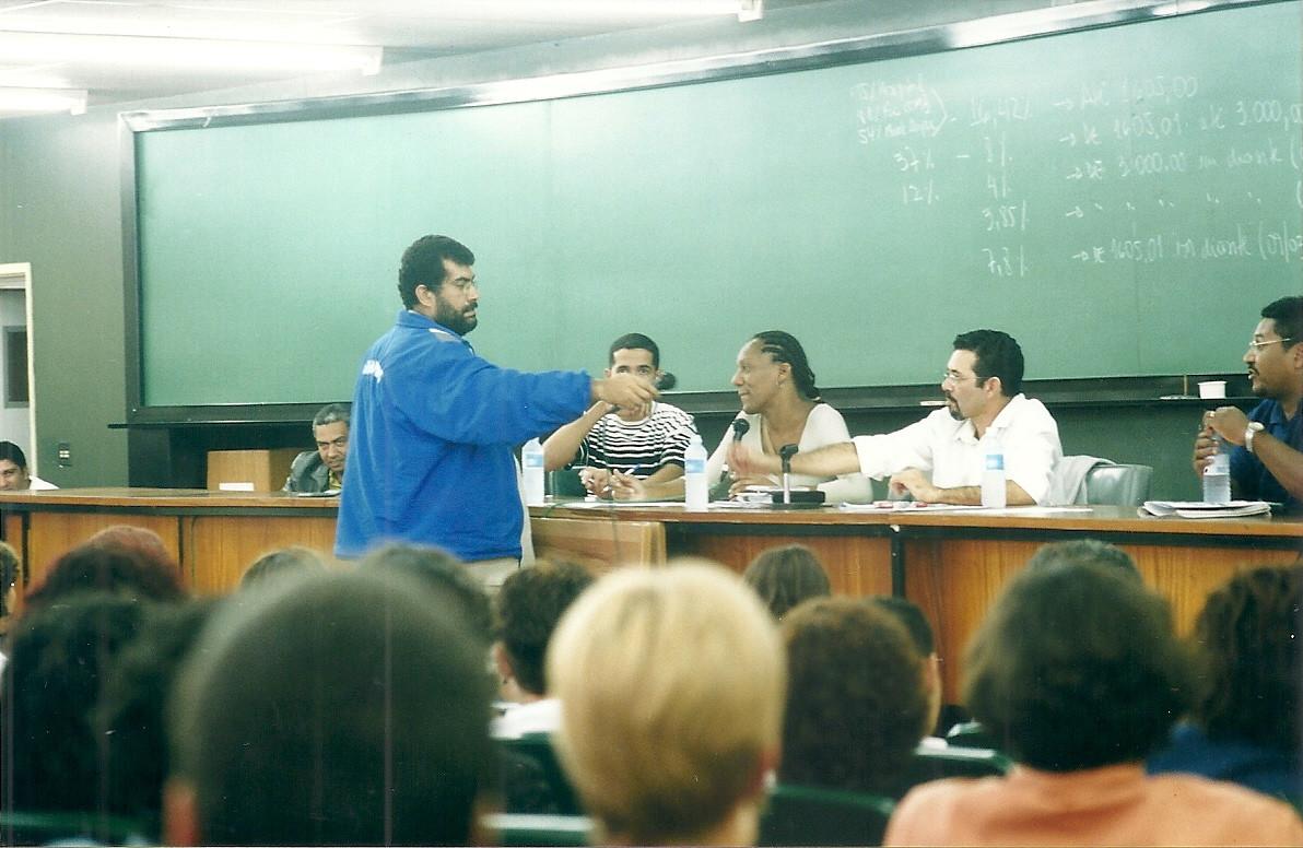 Greve_-_Assembleia_de_Funcionários0001.j