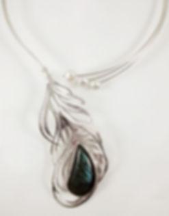 Collar Pluma 03B.jpg