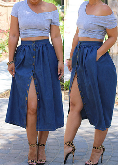 On trend denim skirt