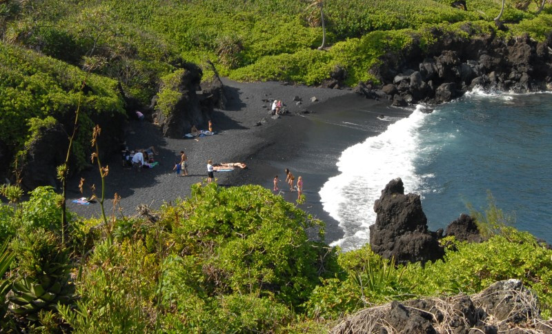 Honokolanai Black Sand Beach Maui , HI