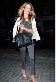 My Go TO Style Uniform: Jeans and a Blazer, similar to the Frame Denim Le Luxe Noir Skinny Jean as seen on Rosie Huntington-Whiteley