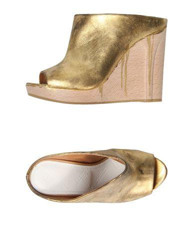 Maison Martin Margiela 22 Gold Wooden Sandals