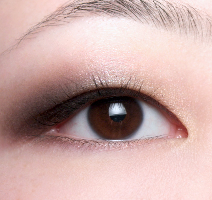Smokey Eye for an Asian Woman
