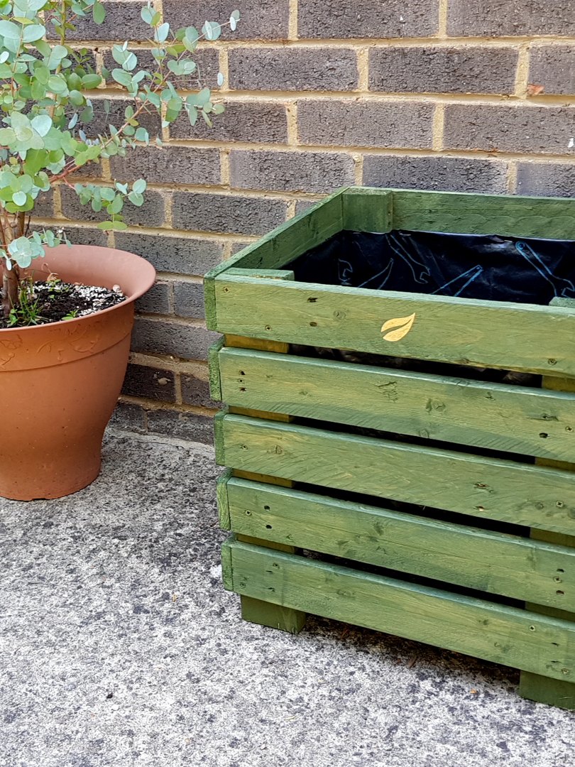 GreenLeaf cube planter