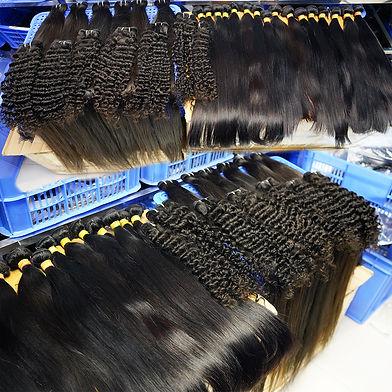 Many hair lots.jpeg